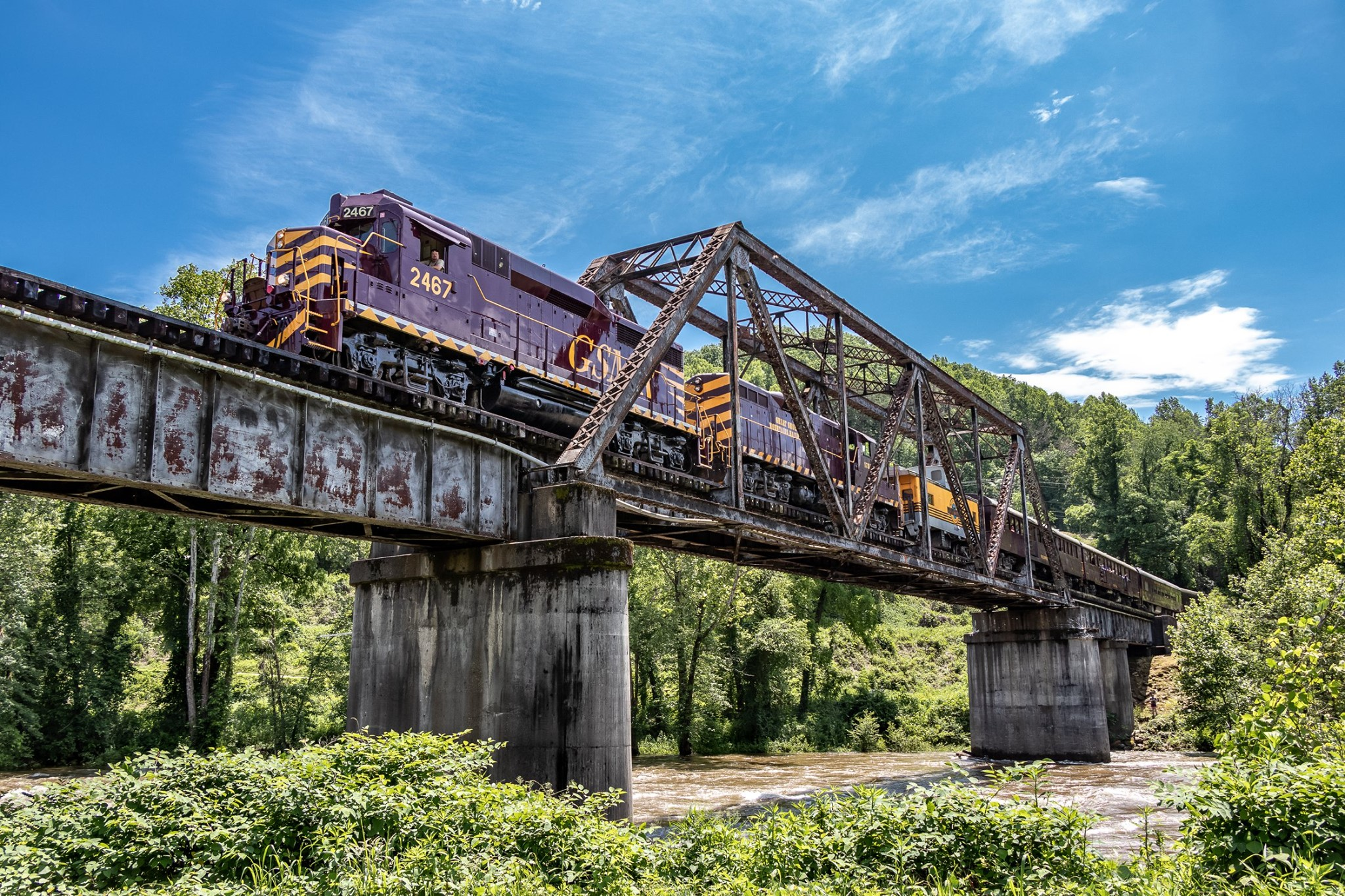Travel Back In Time With These Scenic Train Routes Through North Carolina